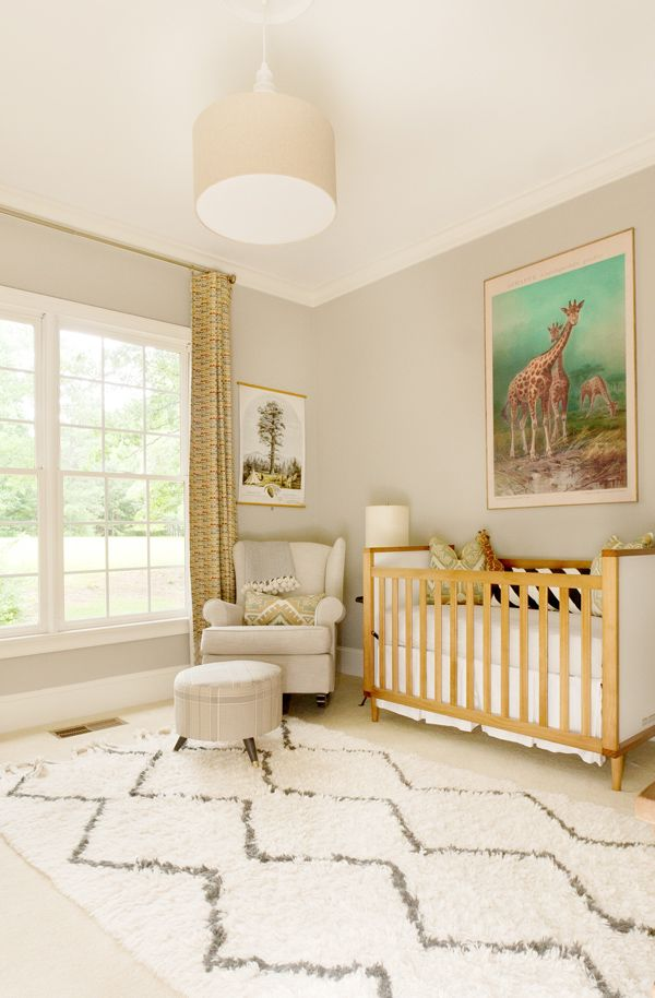Unisex beige nusery baby room ideas for Baby room decor ideas unisex