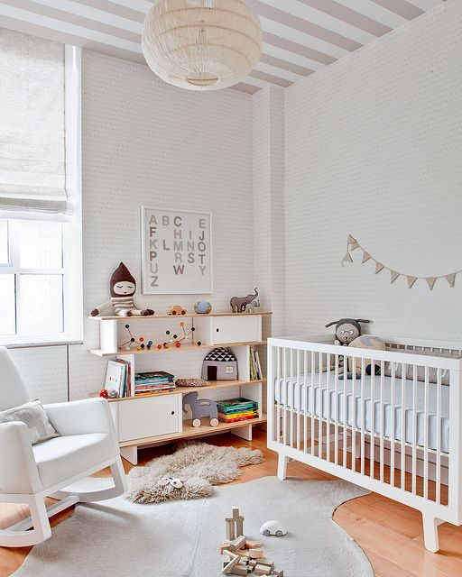 Playful and simple beige nursery ideas baby room ideas for Simple nursery design